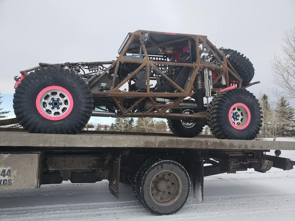 Calgary-4X4-Tow-Truck Towing