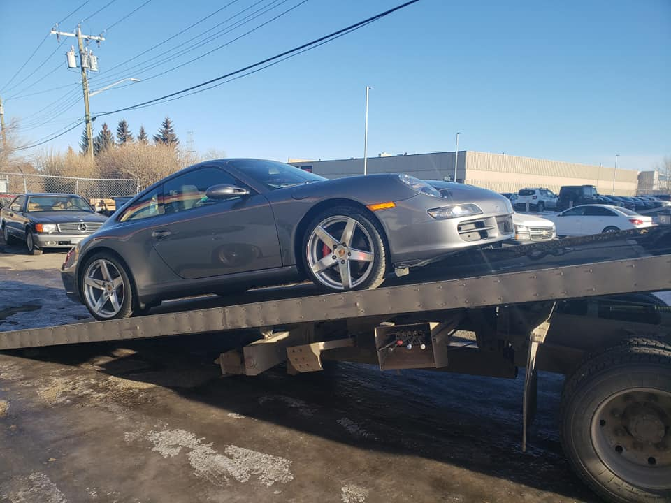 Calgary-Impound-Tow-Truck Towing