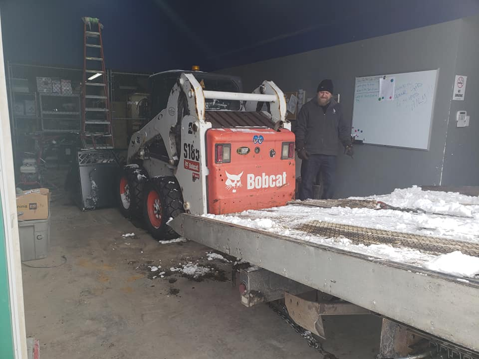 Calgary-bobcat-Towing Specialized Services
